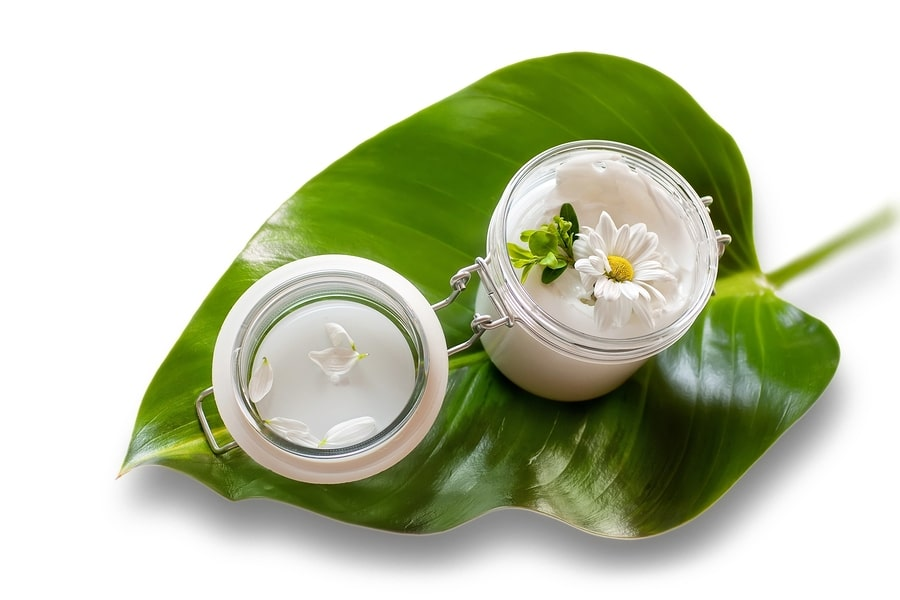 Los Angeles laser skin therapy - Jar of moisturizing facial cream